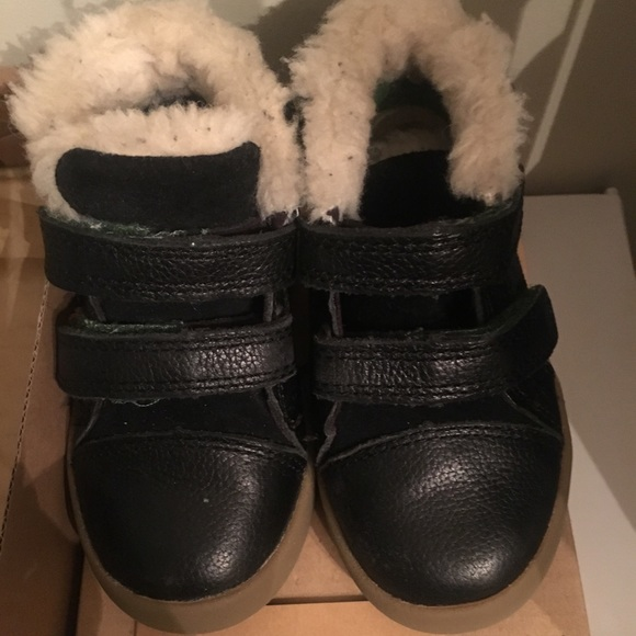 40477fe7aa6 UGG T Renton toddler boys boots - size 6